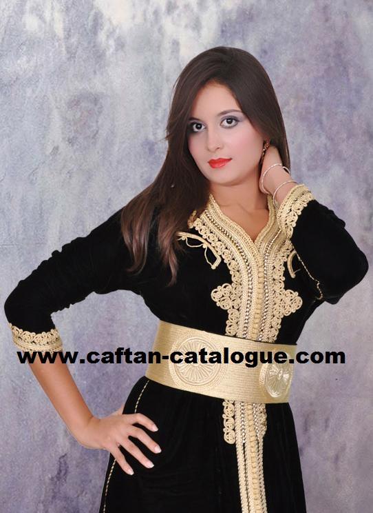 Couture caftan marocain sur fés