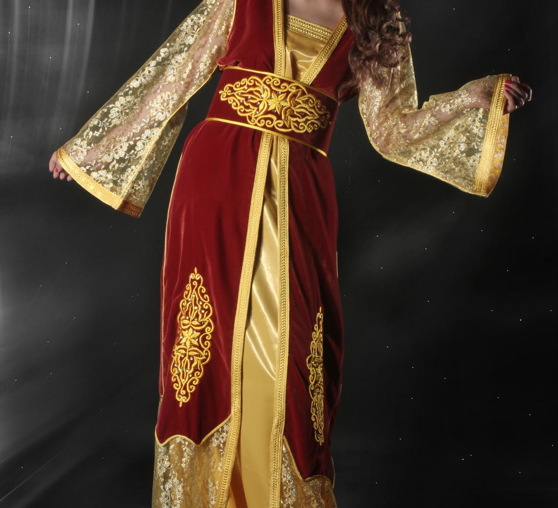 Tenues marocaines traditionnelles de haute couture