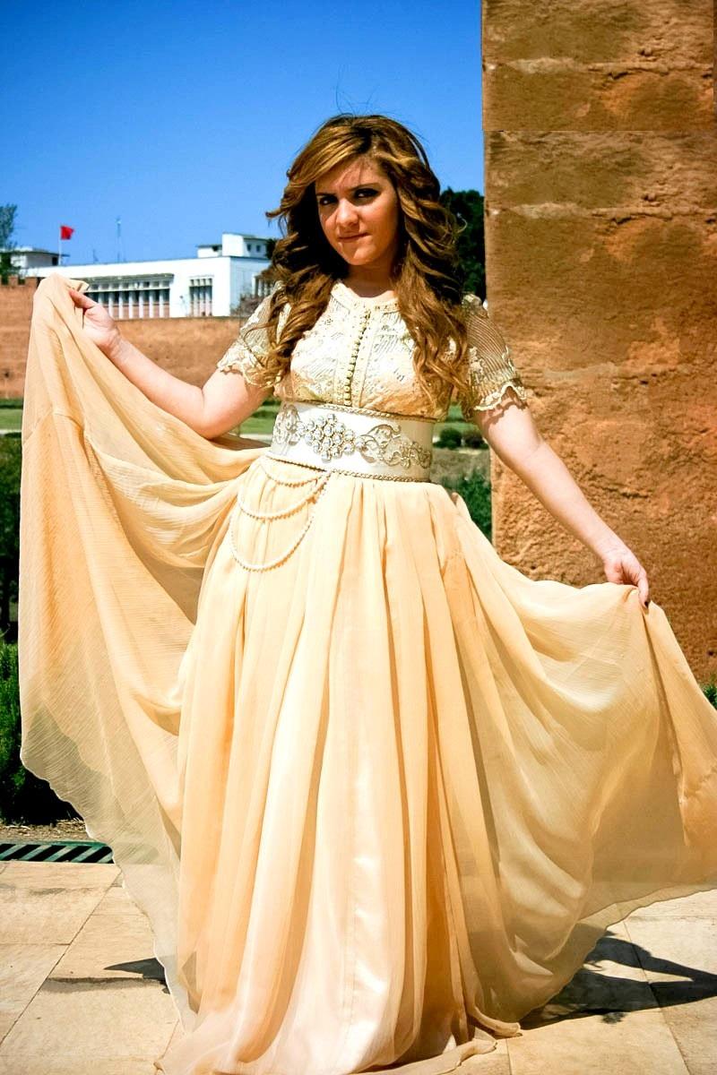 Vente de caftan marocain de haute couture à paris
