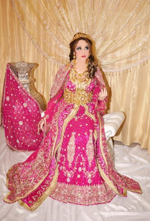 Caftan indien pour mariage negafa ziana en france for Robes de mariage indien en ligne