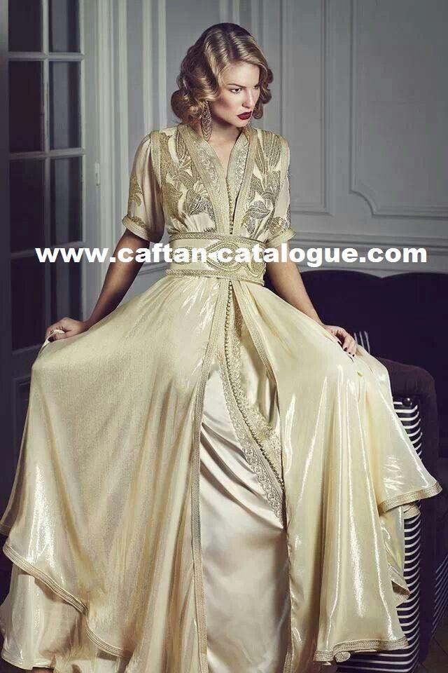 Caftan marocain beige