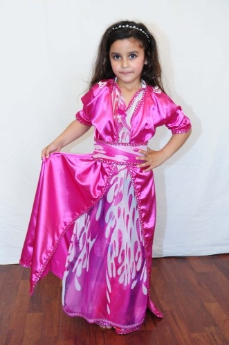 caftan petite fille vendre sur mesure pas cher caftan catalogue. Black Bedroom Furniture Sets. Home Design Ideas
