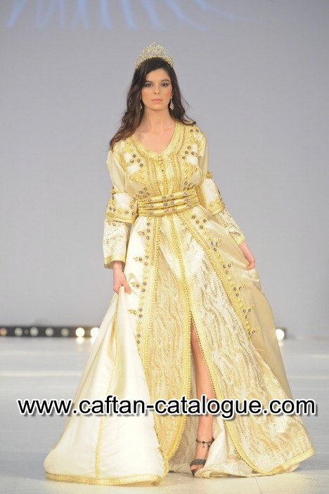 Caftan mariée doré traditionnel