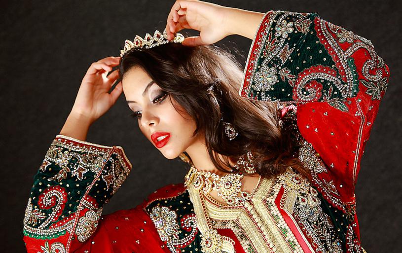 caftan marocain  à dubaii en couleur marocain pur