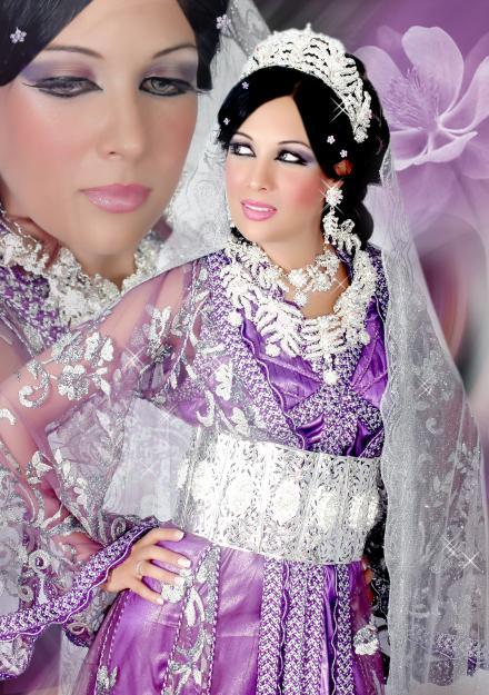 style indien de caftan pour mariage en violet