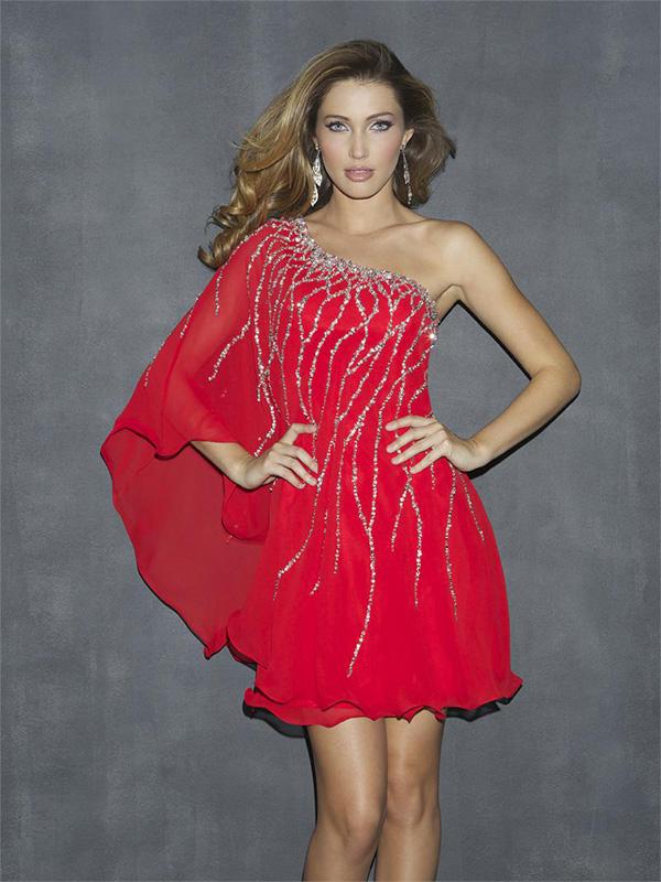 robe-soiree-rouge-perlee
